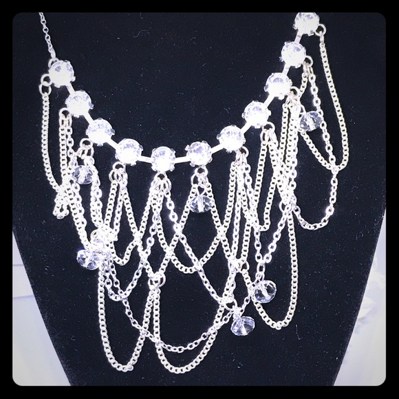 Beautiful Crystal Chain Statement Necklace [JW-16]
